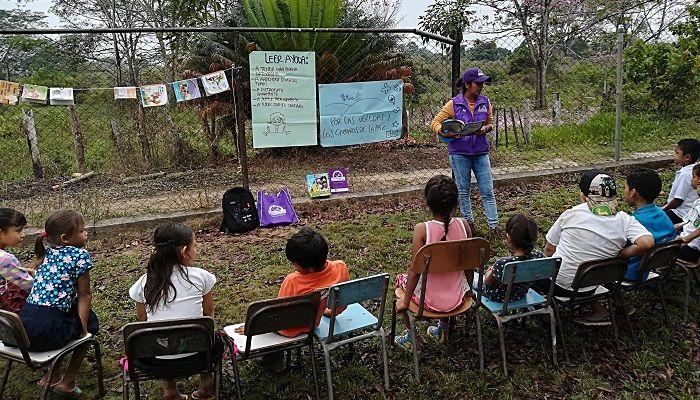 Bibliotecas públicas por las veredas y los caminos de la paz - Formula Entretenimiento