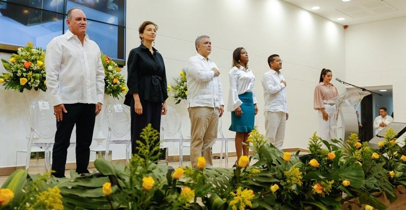 El presidente de Colombia, Iván Duque, la directora General de la Unesco, Audrey Azoulay, y la Ministra de Cultura, Carmen Inés Vásquez - Formula Entretenimiento