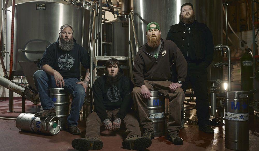 Dark horse amigos y cervezas - Fórmula Entretenimiento